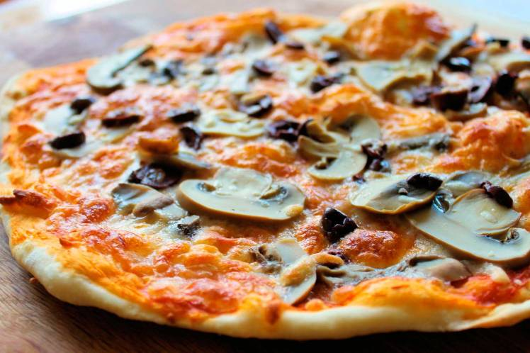 pizzeria-rurale-tipos-de-pizza-romana