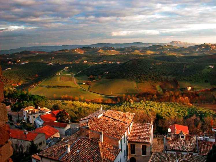 nuestros-vinos-tintos-pizzeria-rurale-tradicionales-italianos-abruzzo