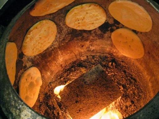 La importancia de un horno tradicional para pizza horno tandoor pizzeria rurale